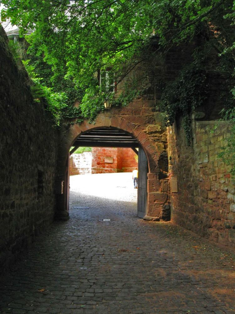Tor auf Burg Nideggen