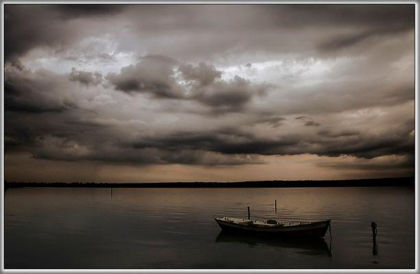 Tormenta sobre el Lago.