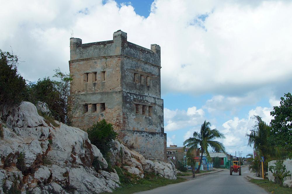 ..Torre en Gibara..