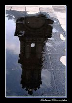 Torre reflejada