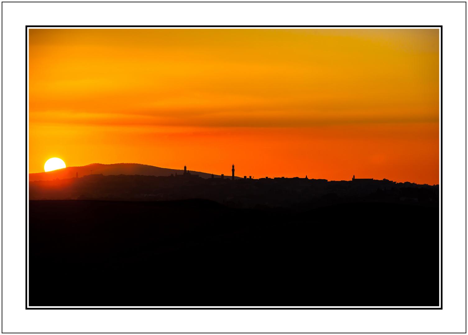 Toskana Sonnenuntergang bei Siena
