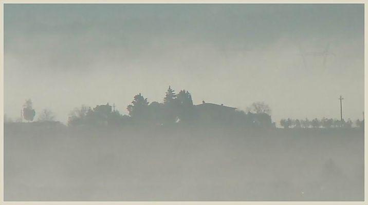 Toskanischer Nebelmorgen im Oktober