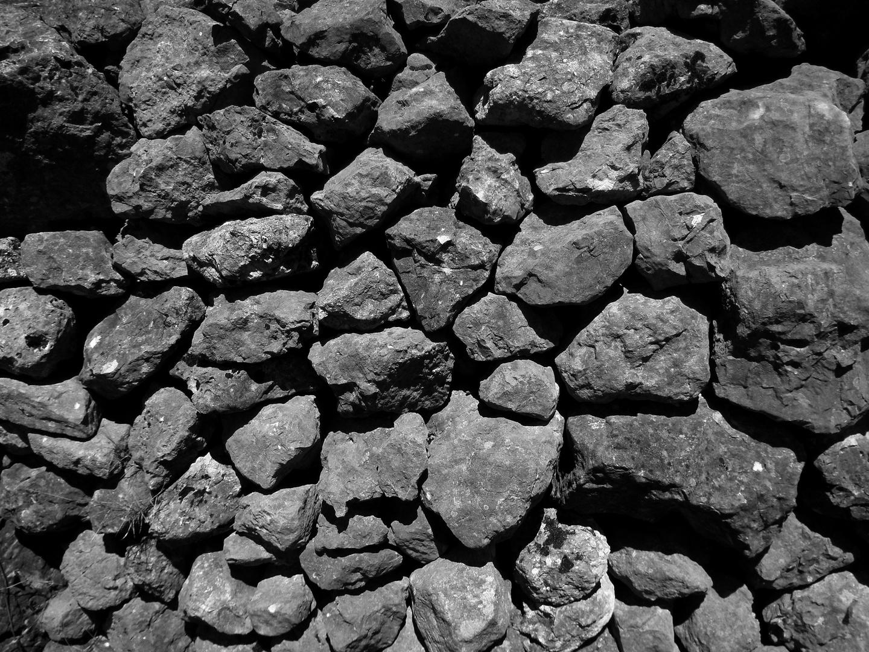 Tota pedra fa marge