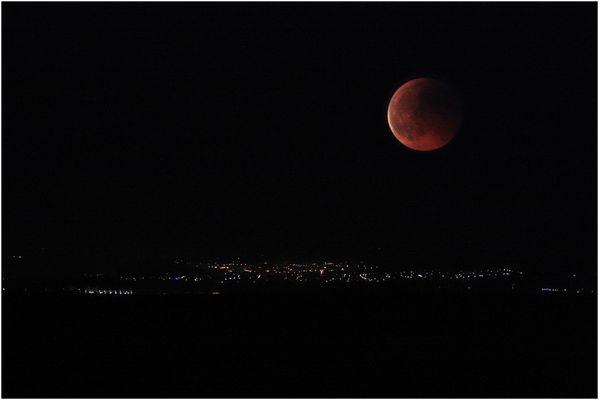 Totale Mondfinsternis 15.6.2011