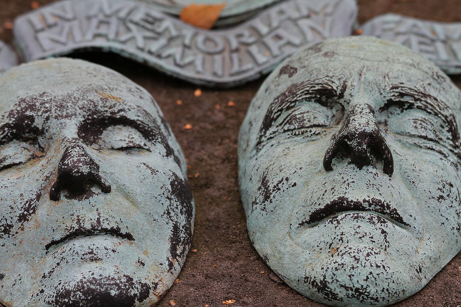 Totenmasken (Rochusfriedhof 3)