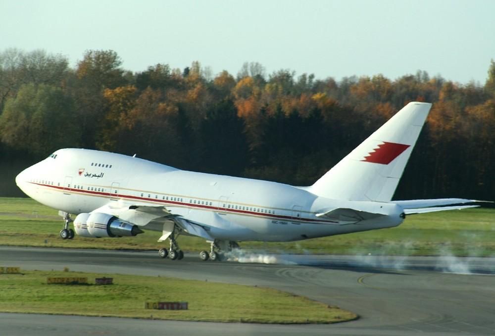 Touchdown 747SP
