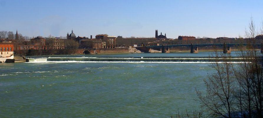 Toulouse 2 - La Garonne vue du Pont des Catalans