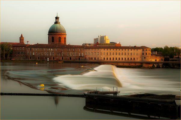 Toulouse le soir.