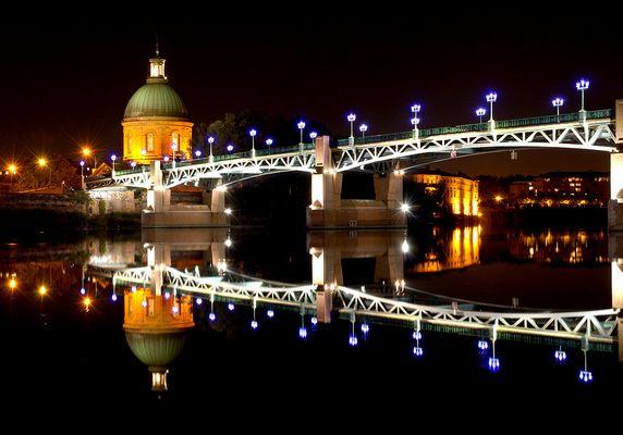 Toulouse - nachts an der Garonne