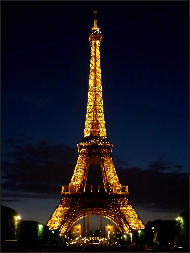 Tour Eiffel - Illuminations by Night