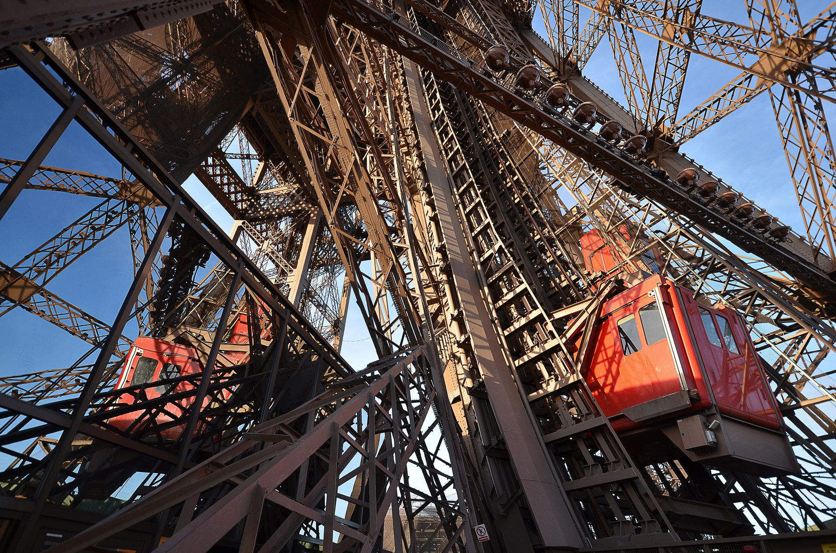 Tour Eiffel No. 1
