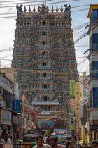 Tour ouest du temple hindou de Mînâkshî à Madurai (de style dravidien)