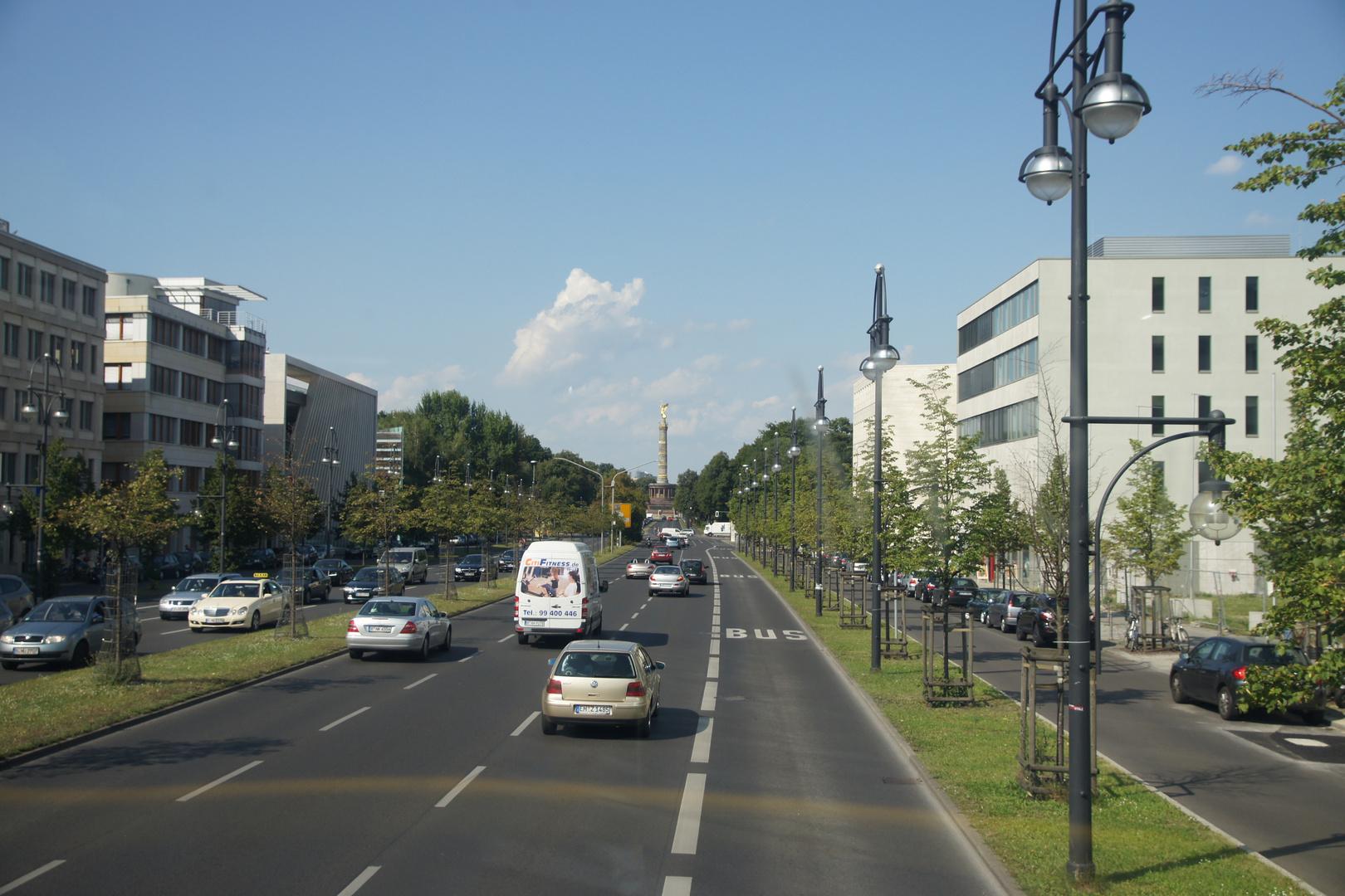 Touristenroute Bus 100 Zoo->Alex IV
