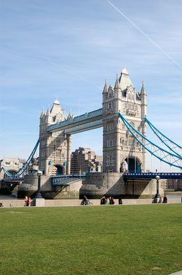Tower Bridge ganz ohne Regen