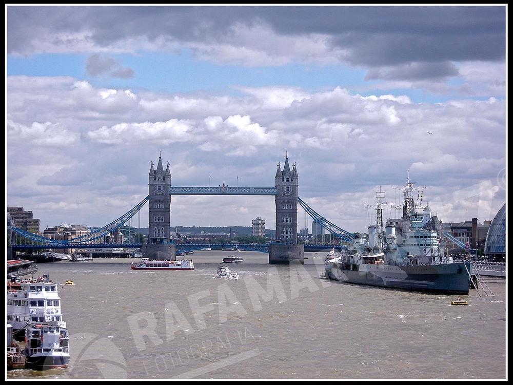 Tower Bridge (London 2011)