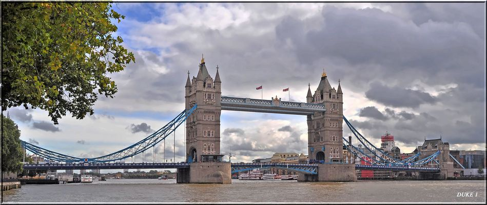 Tower Bridge .Millionenfach abgelichtet aber immer wieder schön .