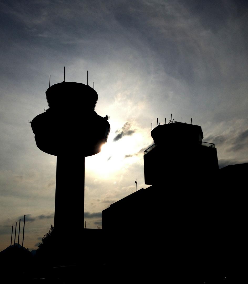 Tower im Schatten der Sonne