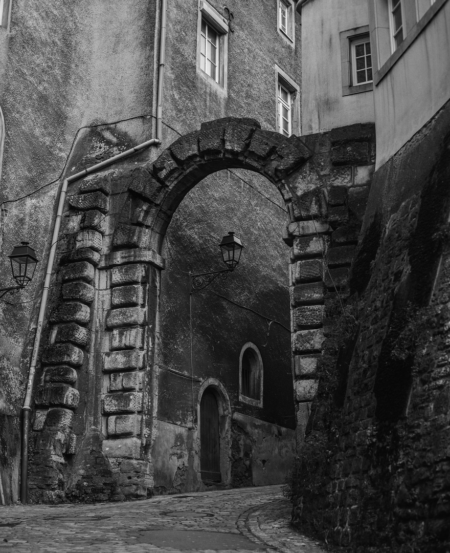 Town Gate  (analog /s/w)