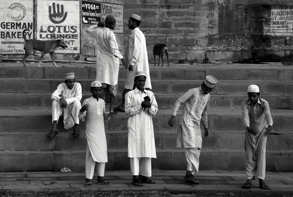 Tra i ghat di Varanasi - 1 - (BN)
