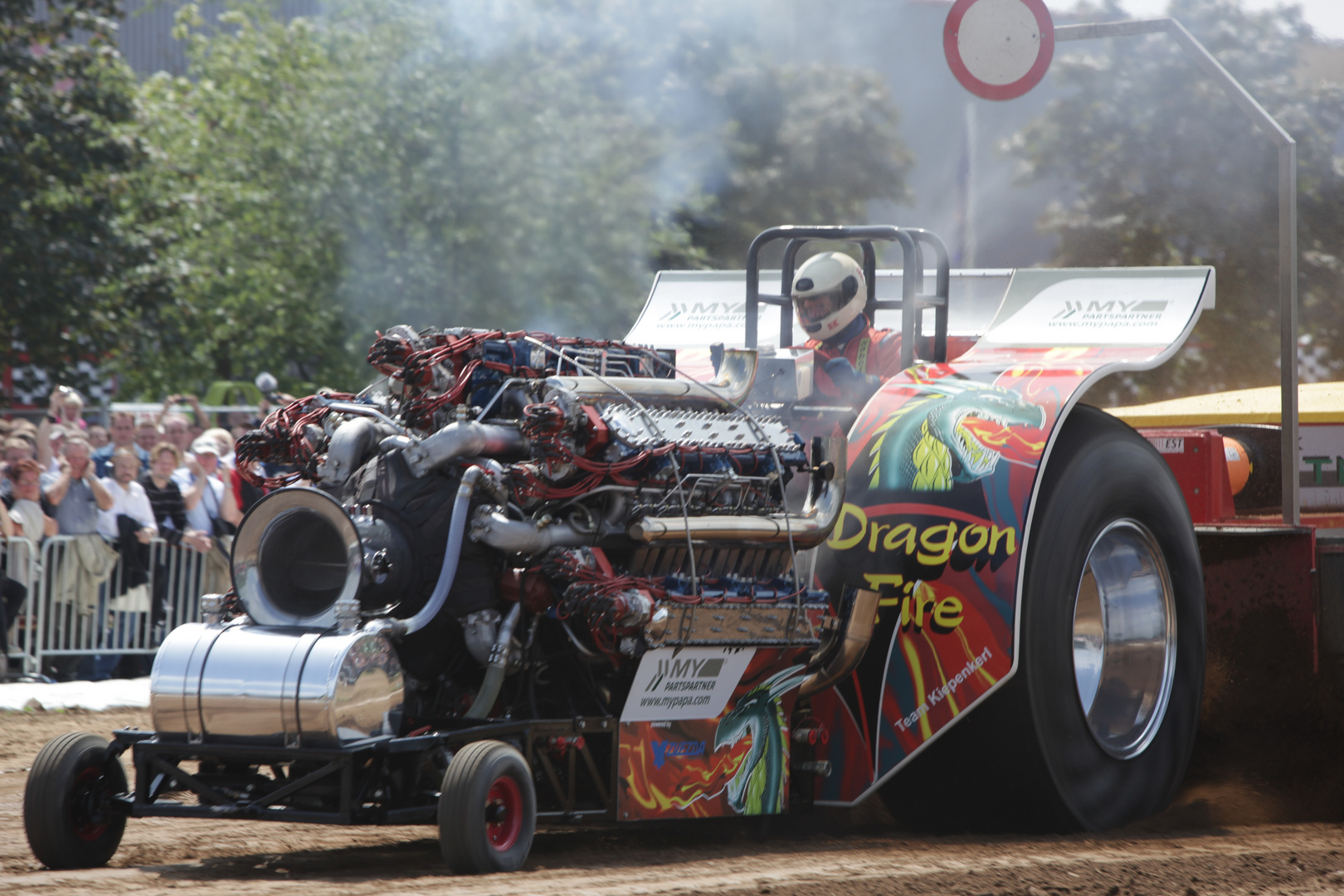 Tractor Pulling mit 8.000PS