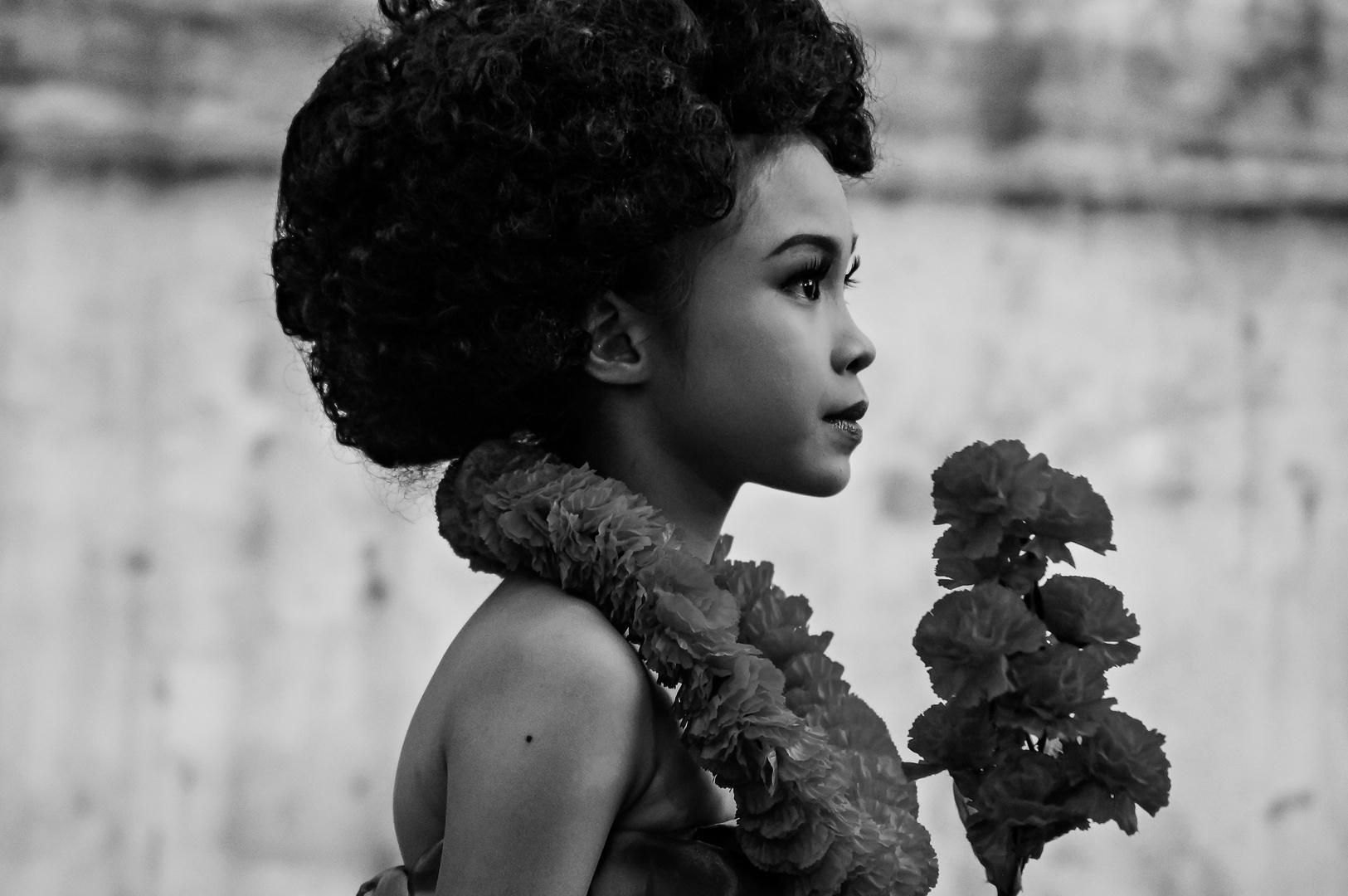 Traditional Thai Girl in black & white