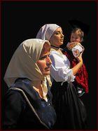 Traditionelle sardische Tracht … / Costumi tradizionali sardi … (3)