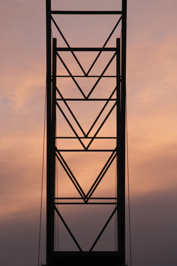 Träger der Aussichtsbrücke am Blausteinsee