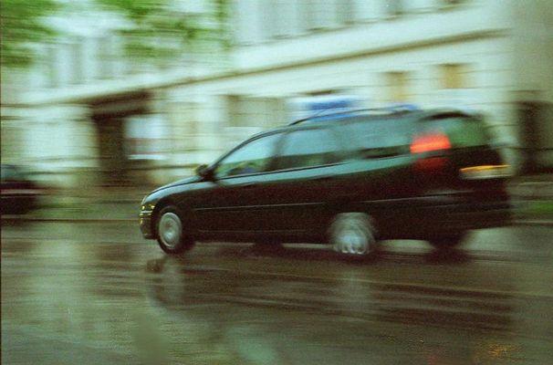 Traffic by rain