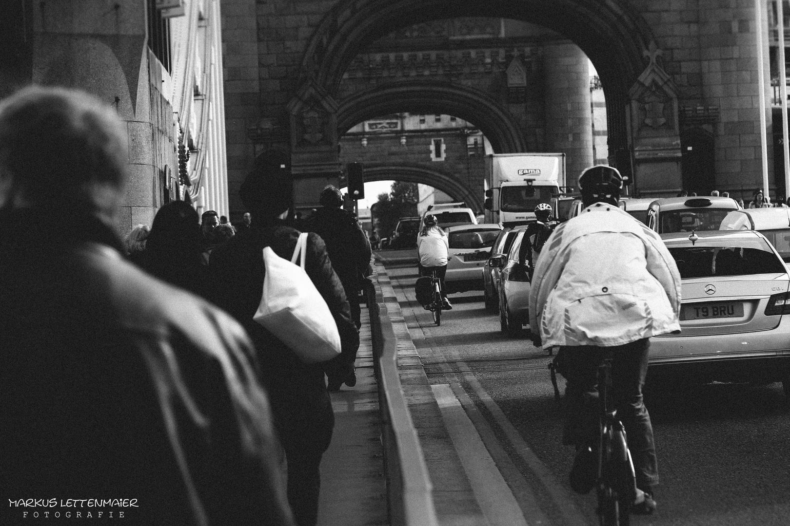 Traffic on the Tower Bridge