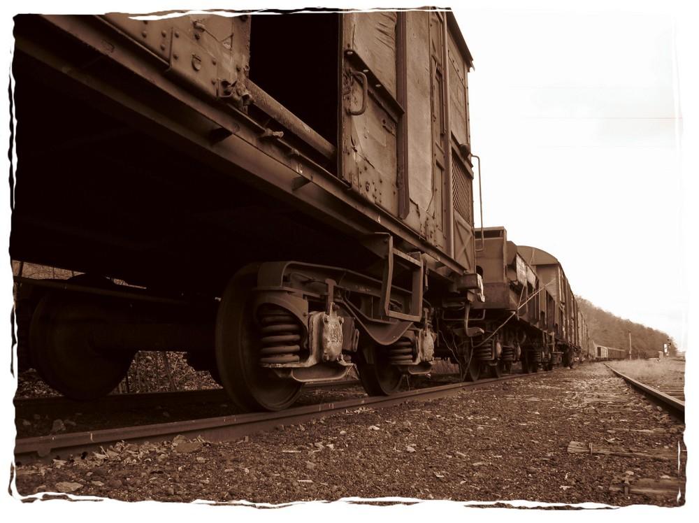 train abandonné