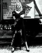 Train & Fashion