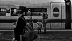 train.spotting.family
