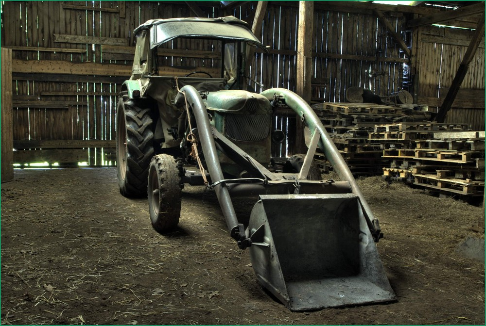 Traktor im Trockenen