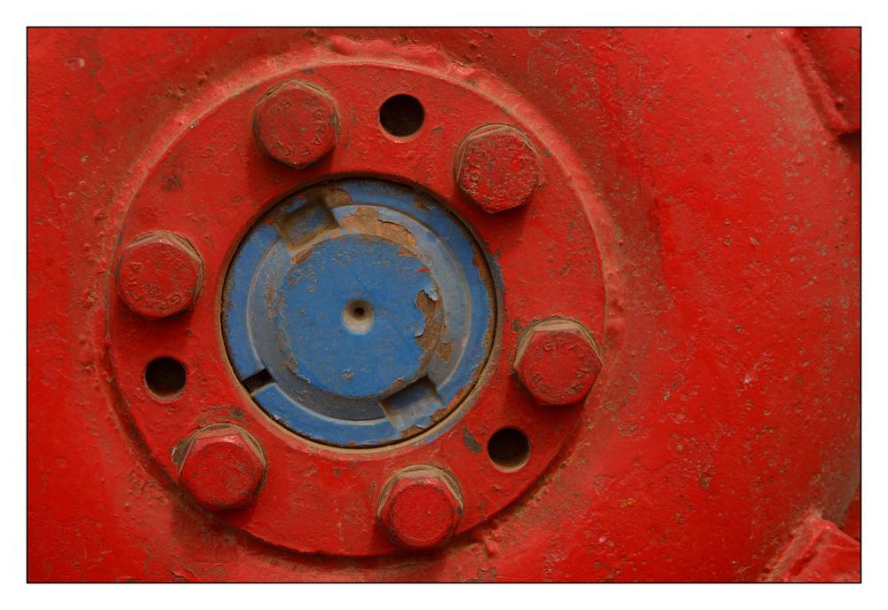 Traktor-Oldtimer-Details (III): Rot