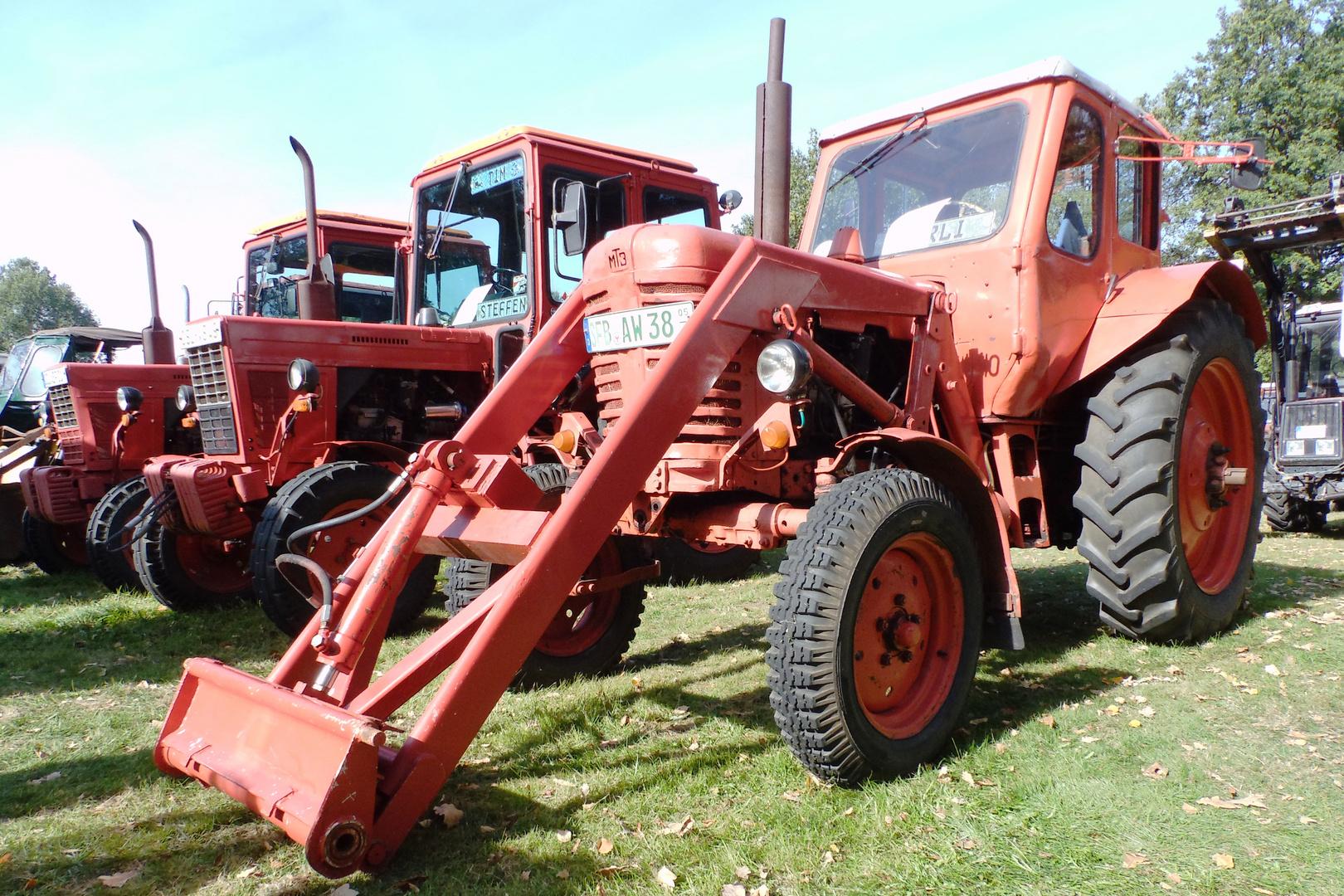 Traktoren aus Weißrussland