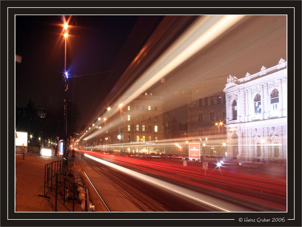 Tram Passing / Burgtheater