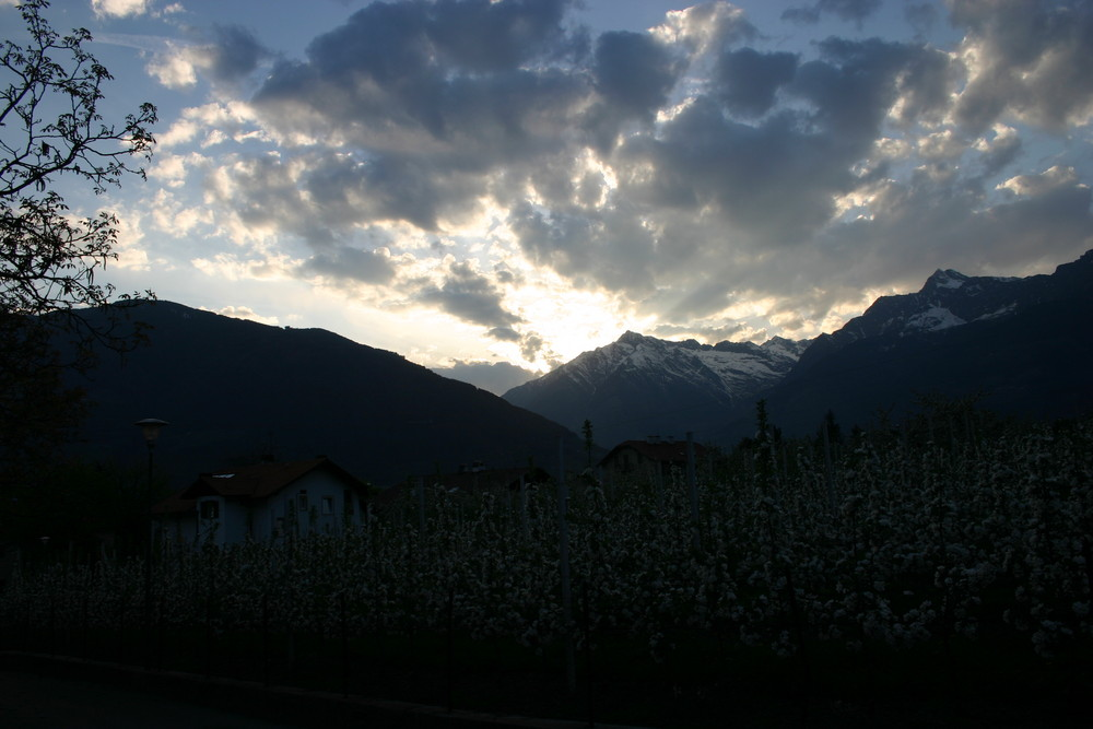 tramonti a Merano, verso la Val Venosta