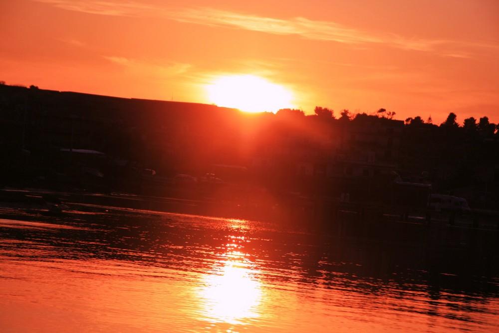 tramonto a brucoli