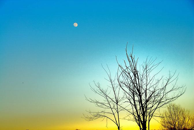 tramonto con luna
