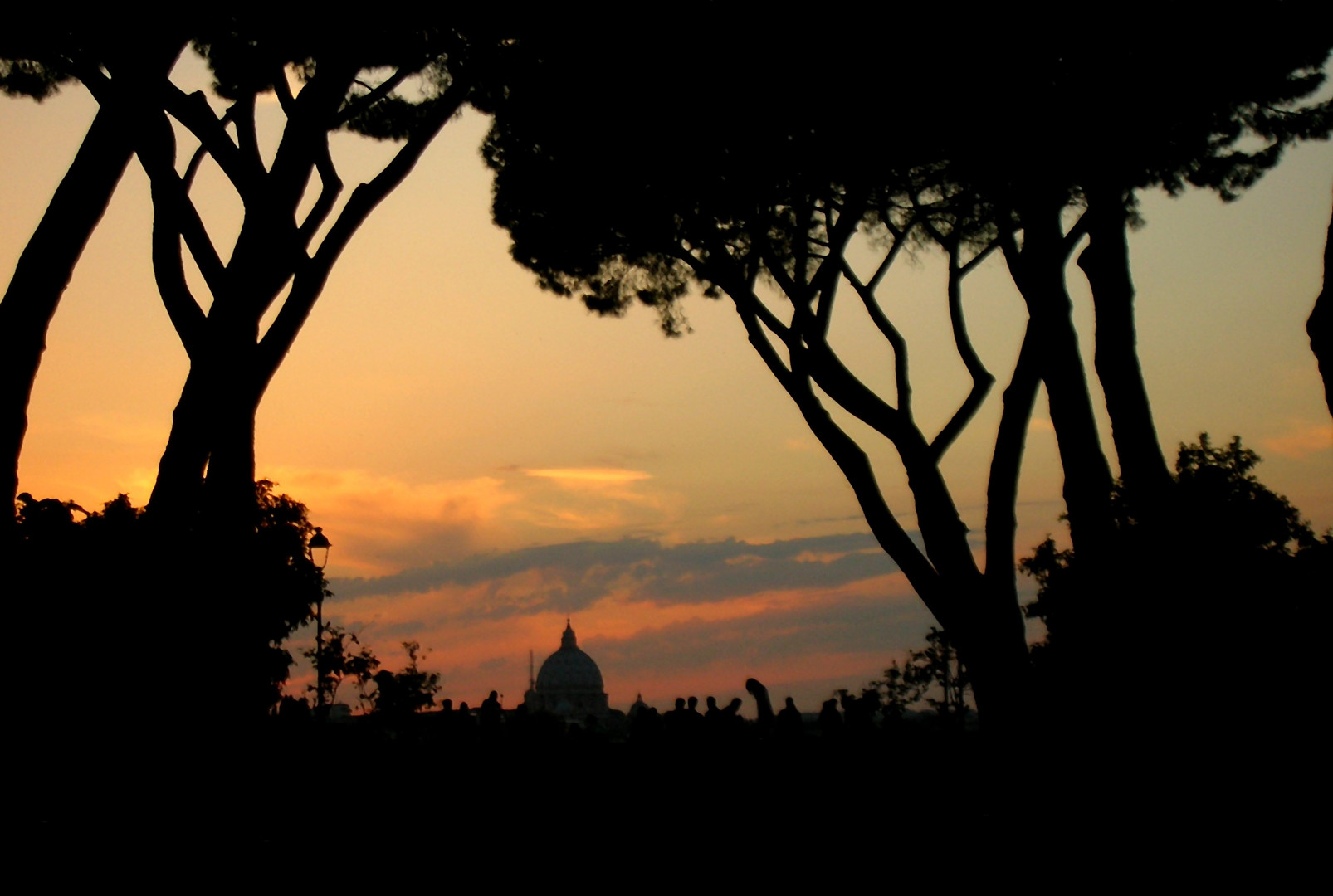 Tramonto dal giardino degli aranci roma foto immagini essere giovani tramonti persone foto - Giardino degli aranci frattamaggiore ...