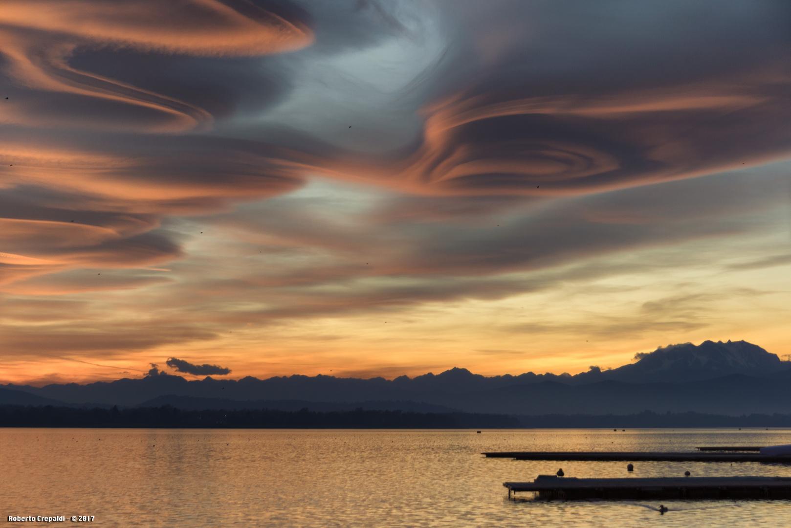 Tramonto, lago di Varese