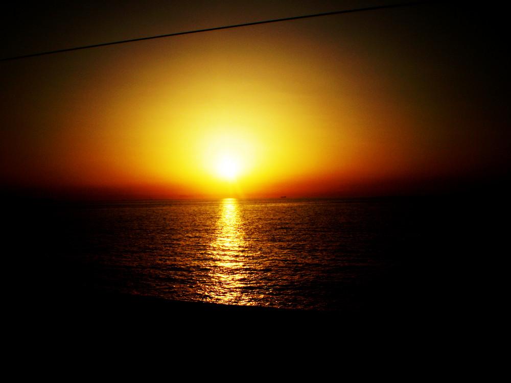 tramonto on reggio calabria