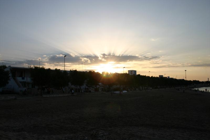 tramonto sulla mia spiaggia