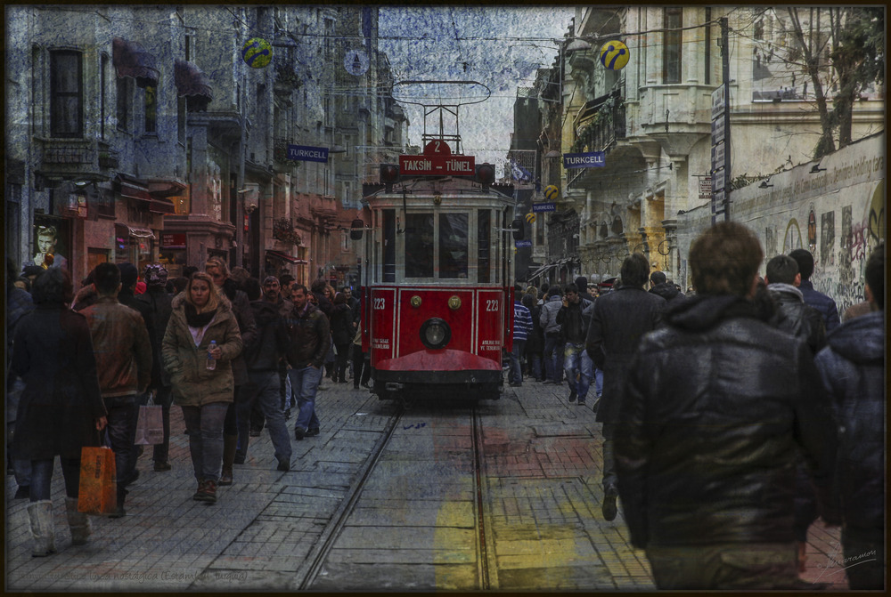 Tranvía turístico línea nostálgica (Estambul Turquía)
