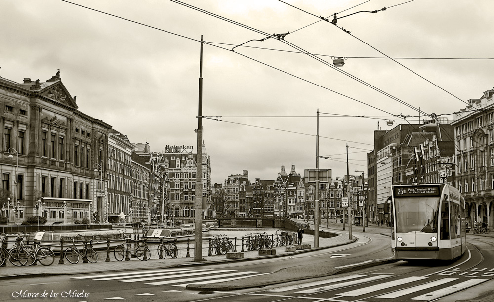 ...tranvias en Amsterdam 2...