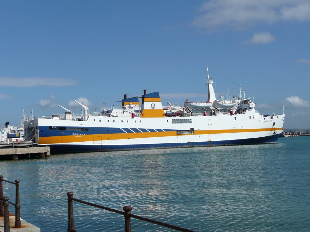Trapani-in der Hafen......