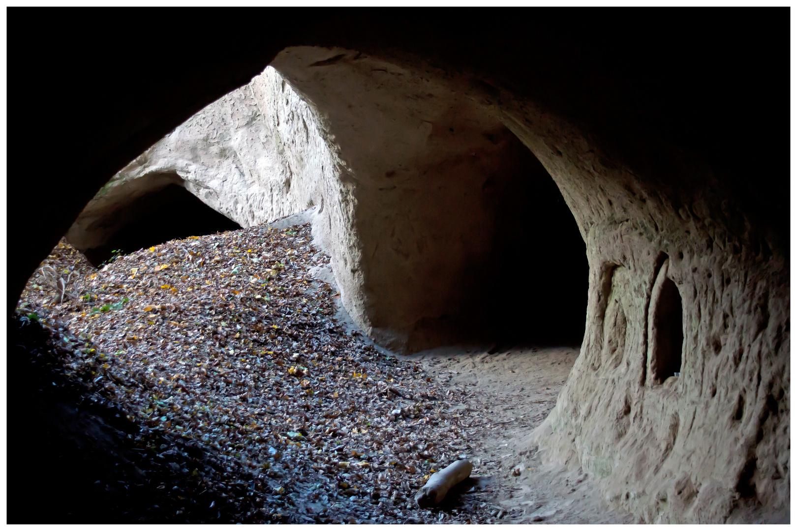 Trasshöhlen auf dem Höhlen- und schluchtensteig