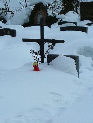 Trauer im Schnee