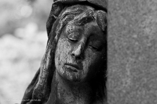 Trauer und Anmut