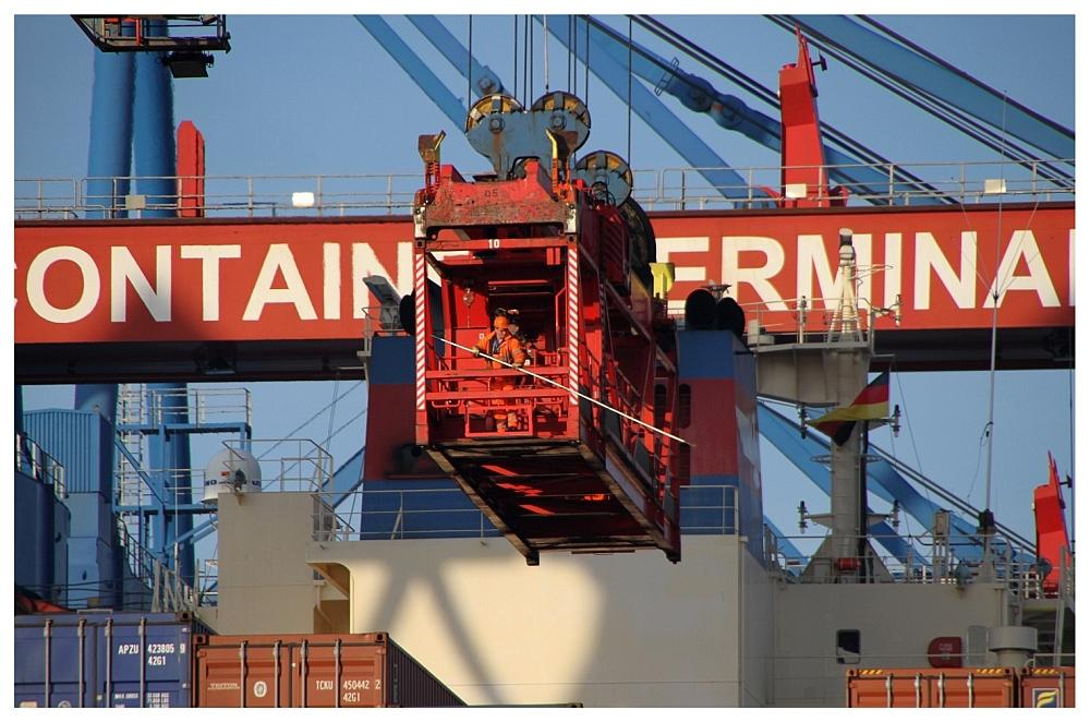 Traumberuf: Containerkraneinrichter